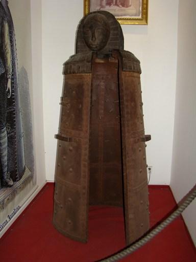 Железная дева в музее прыток