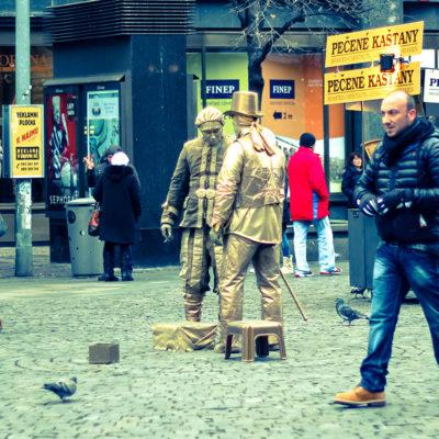 Живые статуи на Вацлавской